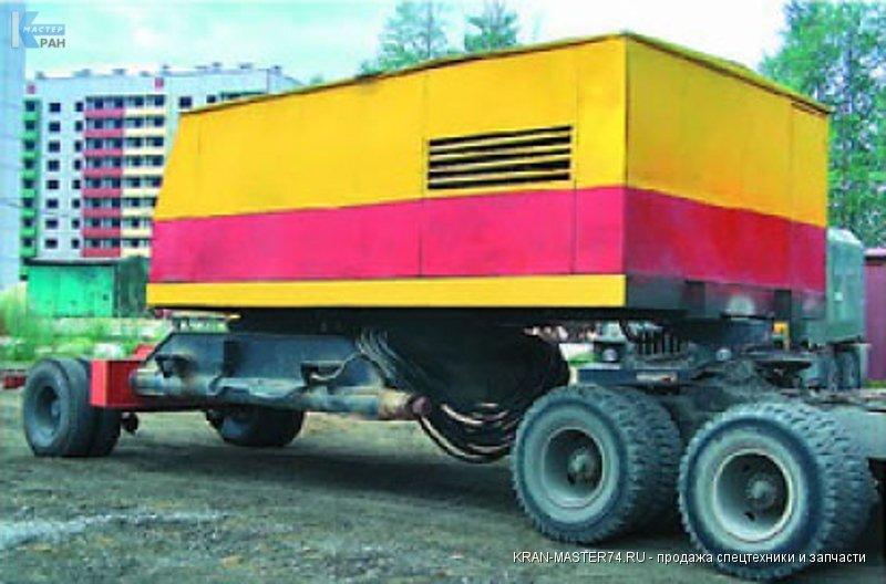 Транспортировка (перевозка) крана гусеничного ДЭК-251 на подкатных тележках.